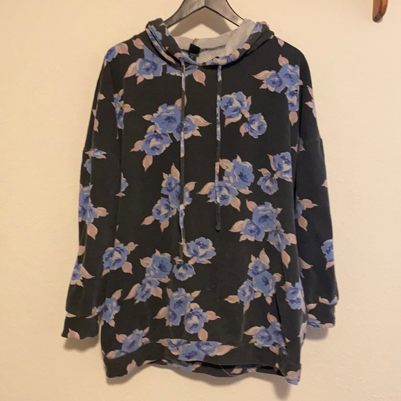 Wild Fable Women's Floral Hoodie